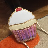 Отличная сумочка на подарок ;)