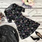 Романтичное летнее платье Warehouse в цветочный принт  DR34621