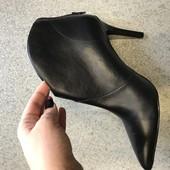 Новые женские ботинки,ботильоны,бренд San Marina,кожаные , 39 р