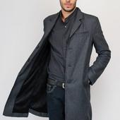 Пальто мужское классическое демисезонное.