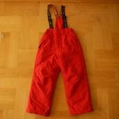 128 cм H&M теплющий зимний лыжный полукомбинезон комбинезон штаны. Длина 79 см, верх регулируется шл