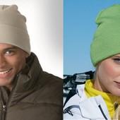 Классическая вязаная шапка с отворотом. Большой выбор цвета.