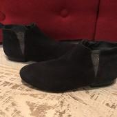 Ботинки із натуральної замші від Minelli,розмір 37,стелька 24