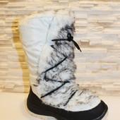 Зимние женские сапоги, дутики. Цвет белый.