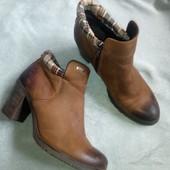 шикарные кожаные ботинки