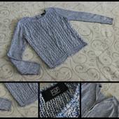 Шикарный укороченный свитерок.спинка - бомба.