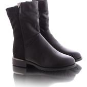Стильные высокие женские зимние ботинки