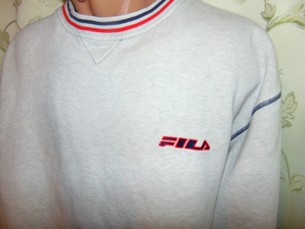 Фирменная спортивная кофта батник реглан Fila  хл-2хл . фото №1