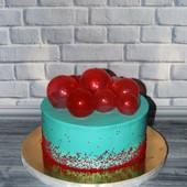 Торт с  шариками.