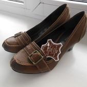 туфлі лофери 35-36р