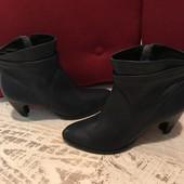 Ботинки із натуральної шкіри,від San Marina,розмір 37,стелька 24,5