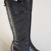 Натуральные кожаные сапоги фирмы Marc O'polo ( Италия) р. 36 стелька 23 см
