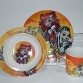 """Детский набор посуды из керамики """"Монстр Хай"""""""
