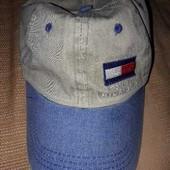 Фирменная кепка Tommy Hilfiger на объём 56