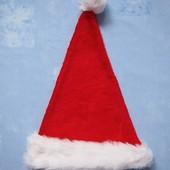 Продаю! Шапка махровая Санта, б/у. Хорошее состояние, без пятен. п/об 29 см.