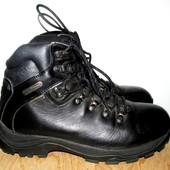 ботинки фирменные 25 см