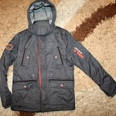 Куртка  на мальчика 152 р