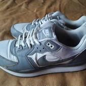 Кроссовки фирменные Nike Air Max р.42-27см.