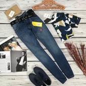 Мужские джинсы с крупным ремнем  PN5385
