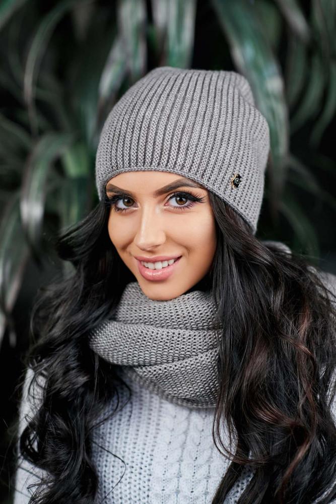 Женская шапочка на флисе фото №1