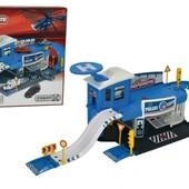 Игровой набор Majorette Полицейский участок с машинкой 2050012
