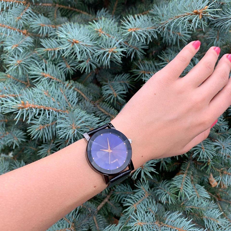 Женские наручные часы с интересным циферблатом черные бежевые фото №1