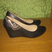 Туфли на платформе Huasinyi 37 размера