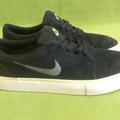 Кроссовки замшевые Nike оригинал р.37. стелька 24см.