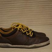 Качественные фирменные кроссовки из промасленного нубука Clarks Англия 43 р.