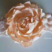 Повязка с розой цвета пудра