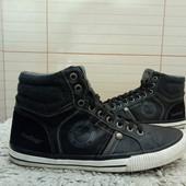 Doodogs Утеплені ботинки із еко-шкіри 41 р-р і устілка 25,5 см. Без дефектів.