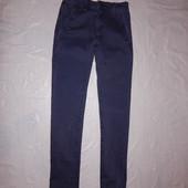 W27 L32, поб 42-44, узкачи!  джинсы скинни фирменные!