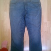Фирменные джинсы 40р.
