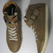 Шикарные ботинки Sommerking 40р 26,5см Португалия