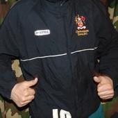 Спортивная фирменная футбольная курточка. Errea (Эрреа). хл-2хл ,