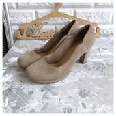 Новые замшевые туфли Clarks рр 38