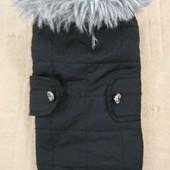 Продам фирменную курточку для маленьких собачек.