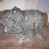 Непромокаемый костюм, дождевик р XXL, сделан в Америке состояние нового  замеры: штаны (внизу молнии