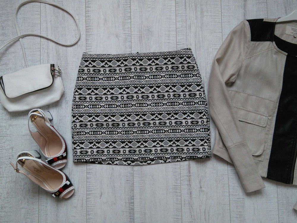 Жаккардовая юбка h&m 38 р фото №1