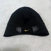 Спортивная шапка Nike оригинал.