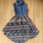 Фирменное платье Bluezoo малышке  4 года состояние отличное