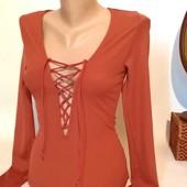 женская блуза в рубчик со шнуровкой S