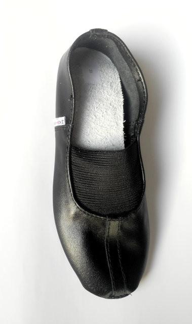 Чешки кожаные для девочки matita 36, 37, 38, 39(р) черный 1347  чешки кожаные для занятий спортом фото №1