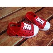 Оригинальные красные кроксы