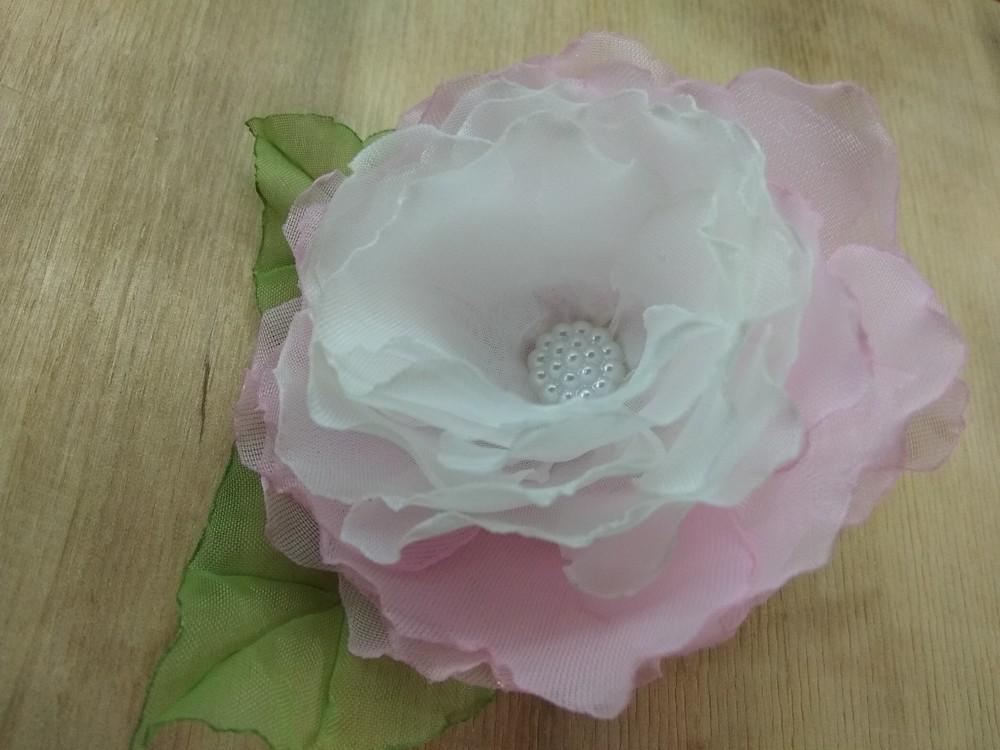 Заколка,  резинка цветы из шифона и атласных лент фото №6