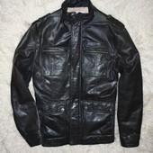 кожаная мужская куртка .