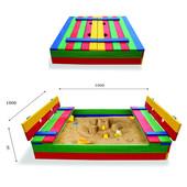 Песочница 2 на 2 м. Увеличенная, цветная, с лавками и крышкой