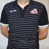 Стильная спортивная  фирменная тениска поло футболка бренд Macron (Макрон). м-л .