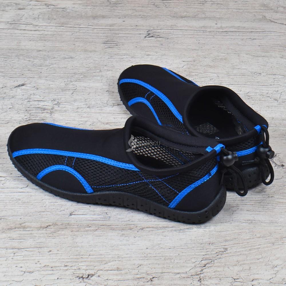 Акваобувь мужская для плавания тапочки для кораллов и моря черные с синим для плавания фото №4