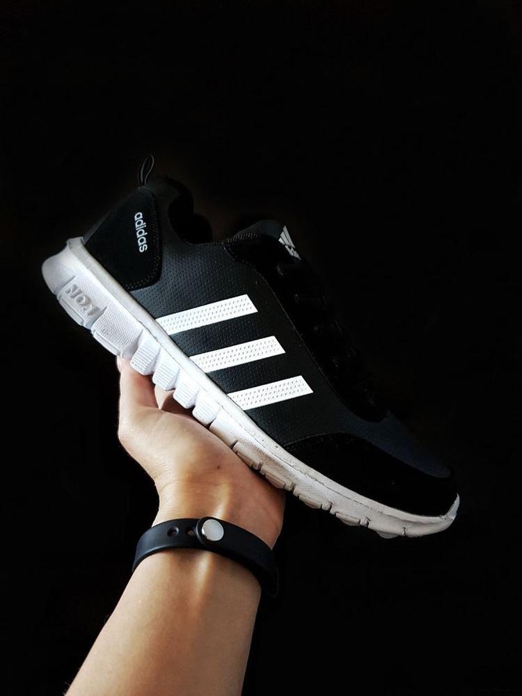 Мужские спорт кроссовки Adidas фото №1